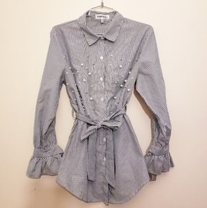 Size M Striped shirt with pearl detailings
